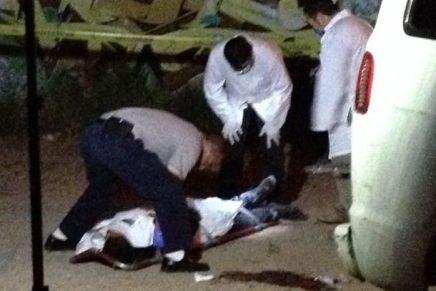 Asesina a balazos asaltante a su compañero al disputarse el botín, en la San Carlos