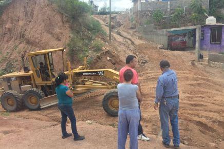Intenta Gobierno de la Ciudad detener el raspado de calles que realiza el PRI Nogales