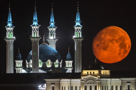Фото дня: Красная Луна