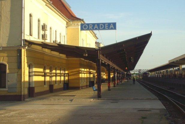 C.F.R: Trecerea la ora Europei Orientale nu modifică mersul trenurilor în vigoare.