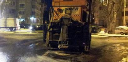 Echipajele RER au acţionat toată noaptea pentru deszăpezire