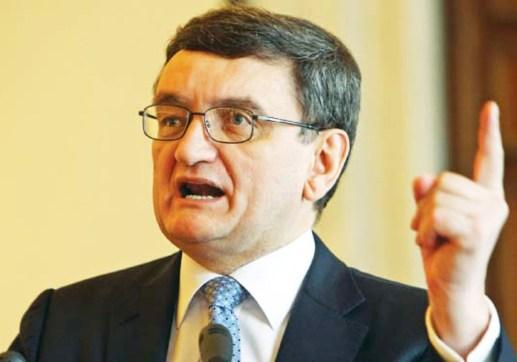PNL declanseaza procedura de revocare a lui Victor Ciorbea, din functia de Avocat al Poporului