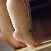 Madre agrede hombre que intentaba violar hija de tres años