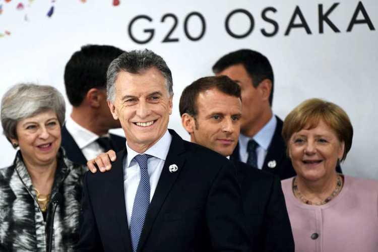 Rodeado de líderes europeos, Macri celebró el histórico acuerdo