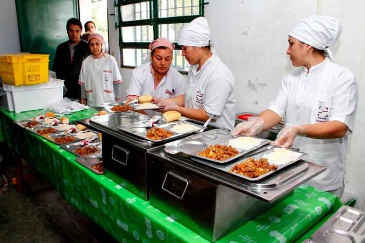 Fortaleza en la asistencia alimentaria a la población correntina