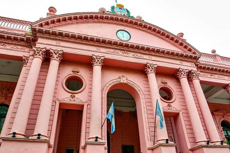 Responsabilidad fiscal de Corrientes garantiza paz social