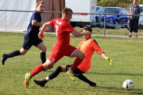 FC Dietlingen bleibt 1. FC Hamberg auf den Fersen