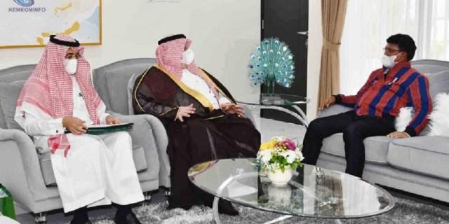 [Berita Foto] Menteri Johnny Terima Kunjungan Dubes Kerajaan Arab Saudi