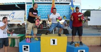 Resultados y galería de fotos del Campeonato de Málaga 1/8 tt gas con social de 1/10 2WD