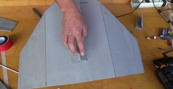 Video: Construye tu propio avión RC en solo 15 minutos
