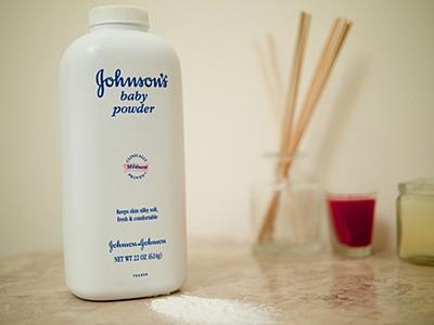 Johnson & Johnson e o talco ao amianto