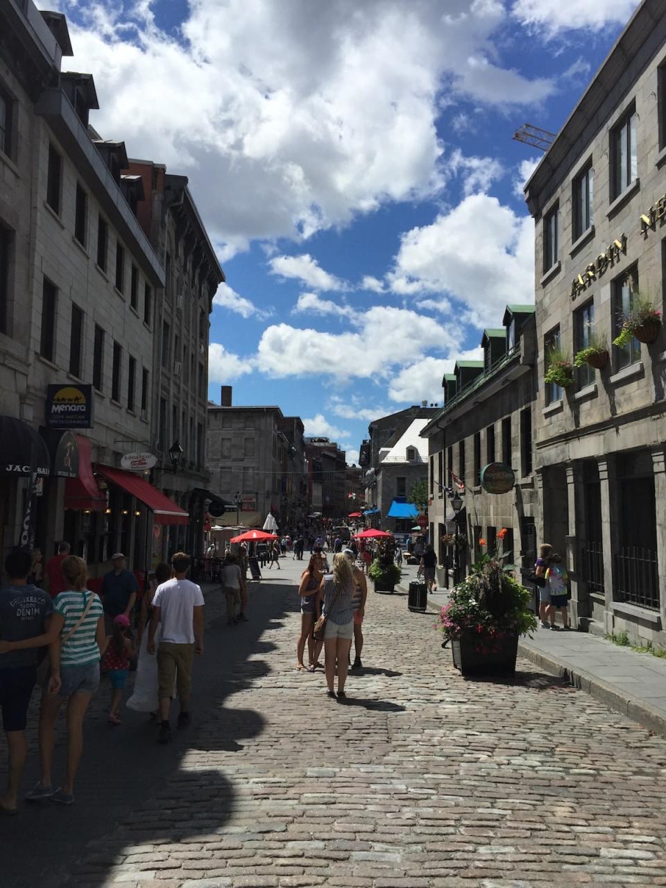 Le coin touristique de Montréal où il faut éviter chaque restaurant !