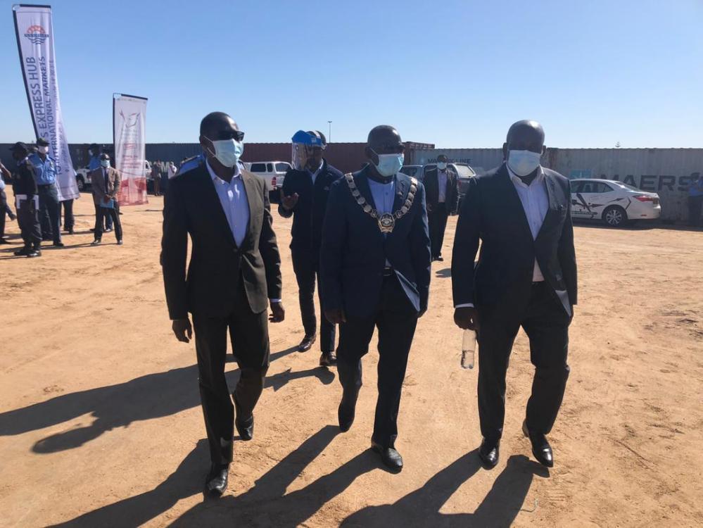 Truck drivers across international borders Namibians vital food supplies