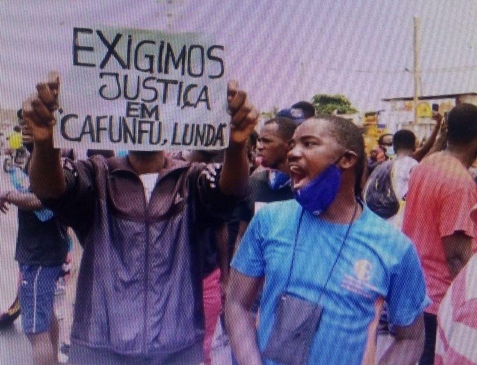 Cafunfu massacre attracts international attention bloody diamond mining town Angola January international