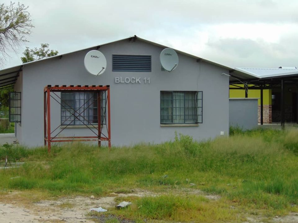 Hamatwi disappointed delay Regional Education Director Isak Hamatwi handover Shituwa Senior Secondary School hostel