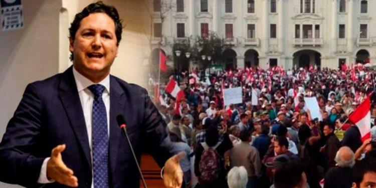 Daniel Salaverry anuncia que postulará a la Presidencia de la República