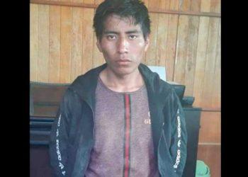 Vecinos en Tacna atan a poste a sujeto que tocó partes íntimas de niña