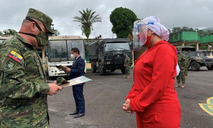 Prefectura recibe reconocimiento por parte del Ejército ecuatoriano
