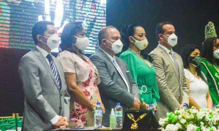 Por los 173 años de provincialización de Esmeraldas, se realizó una sesión solemne