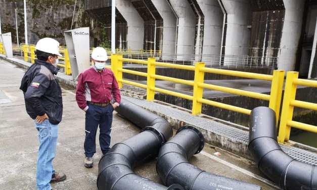 CELEC EP instala sistema de dragado de sedimentos en los desarenadores de la central Coca Codo Sinclair