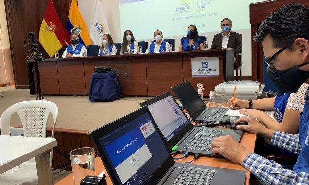 En Azuay se puso aprueba el sistema operativo en el primer simulacro electoral