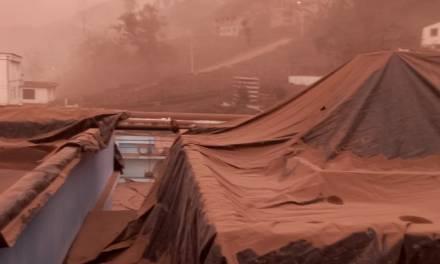 Provincia de Chimborazo suspende actividades por caída de ceniza