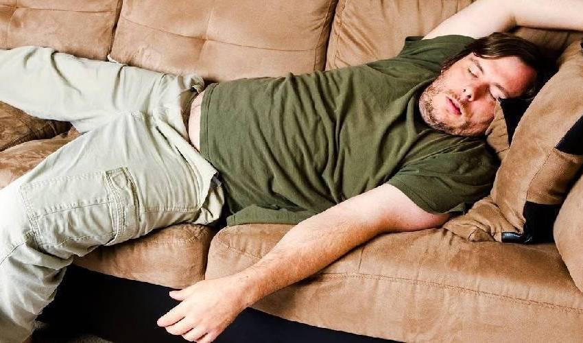 Dormir demais pode fazer mal a saúde