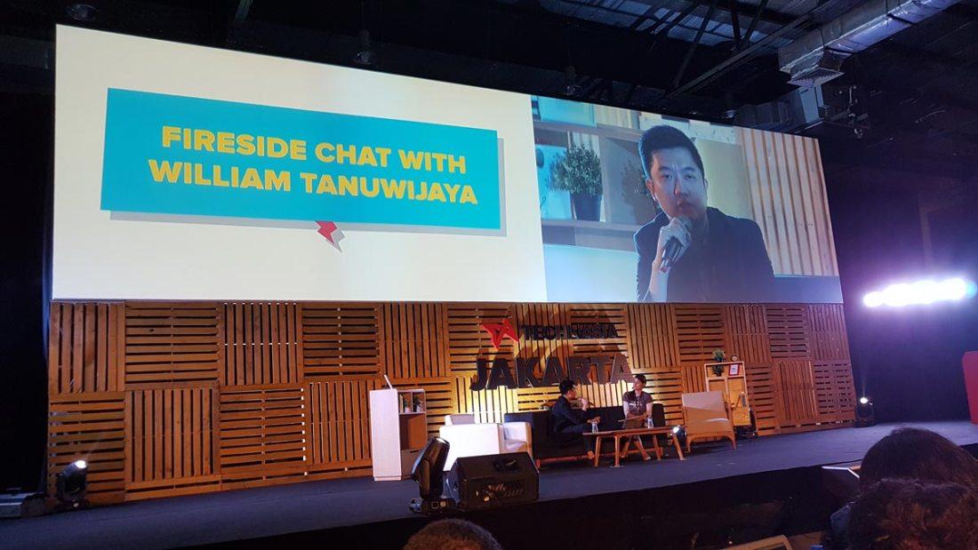William Tanuwidjaya CEO dan Founder Tokopedia di Main Stage