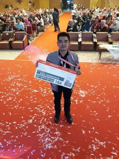 Cosmas Sakristiandio - Mahasiswa Informatika UC Juara IndonesiaNEXT