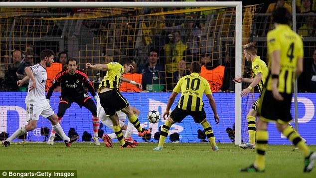 Lewandowski's Third Goal.
