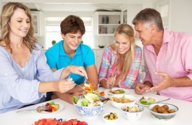Bring Back Family Dinners 5 Benefits Of Eating Together As A