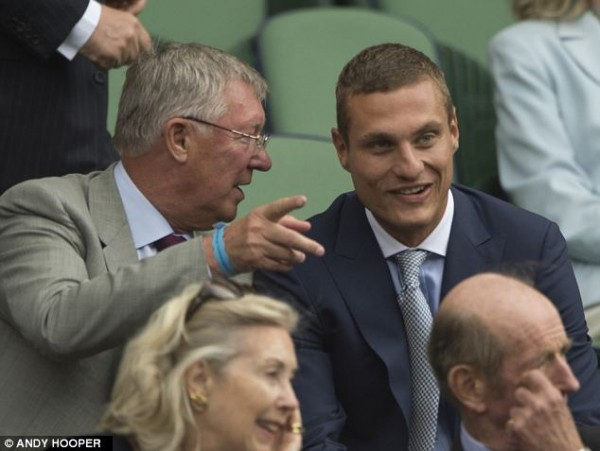 Vidic and Ferguson Might Not Have to Share Concordant Views of Tomorrow's Wimbledon Men's Singles Final.