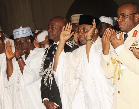 FROM LEFT: MINISTER OF FCT, SEN. BALA MOHAMMED; GOV.  TANKO  AL-MAKURA OF NASARAWA STATE; IGP MOHAMMED   ABUBAKAR; VICE  PRESIDENT  NAMADI  SAMBO  AND  CHIEF  OF  DEFENCE STAFF,  ADM.  OLA IBRAHIM, AT THE   SPECIAL JUMA'AT PRAYERS FOR 53RD INDEPENDENCE DAY CELEBRATION AT THE CENTRAL MOSQUE IN ABUJA ON FRIDAY