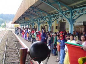 railway_station_