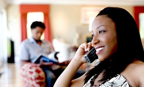 www.thisisyourconscience.com_wp-content_uploads_2012_07_black_woman_cheating_phone