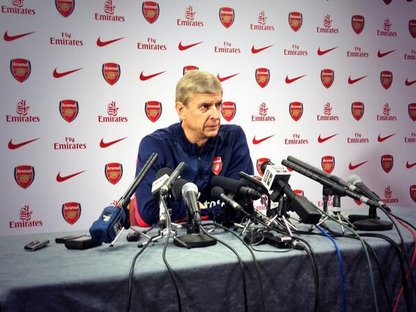Wenger Says He's Willing to Take Up Smoking Issue Directly With Wilshere