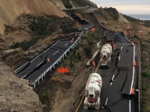 quakes-sink-part-of-mexico-highway-near-us