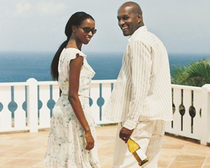Black-couple-travel4