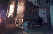 Choca contra vivienda en Huajuapan