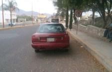 Lo aseguran con automóvil robado