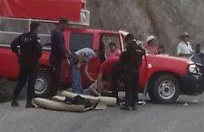 Acribillados a balazos dentro de camioneta