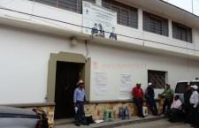 Realizan paro de labores en el IEEA de Juxtlahuaca