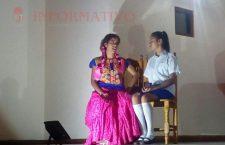 Presentan obra de teatro de Tehuantepec en Huajuapan