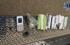 Aseguran a pasajero de taxi con 13 envoltorios  de marihuana