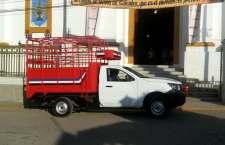 Roban hombres armados una camioneta en Juxtlahuaca