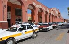 Protestaron transportistas, entre otras demandas exigen alza de tarifas