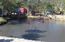 Vuelve el agua a poza de laguna de Atotonilco; por sismo de Pinotepa se vació varios días