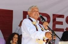 Combatir corrupción y eliminar lujos de funcionarios, la solución: AMLO en la Mixteca