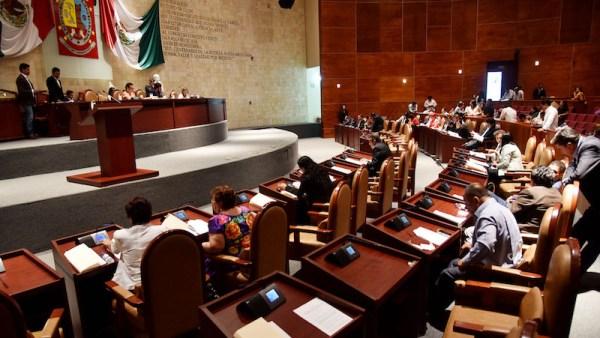 """6.8 mdp el """"proceso de modernización del Congreso""""; diputados con tabletas para votaciones"""