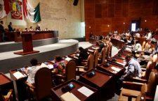 En el ocaso del PRI en el Congreso del Estado, se aprueban reformas de Murat; Morena se fue divido